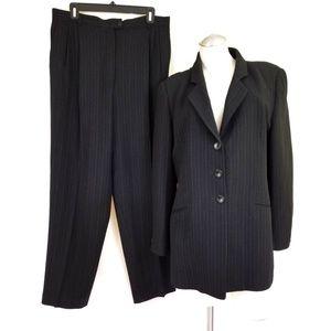 Zanella Italy Size 14 Black Pinstripe Pant Suit
